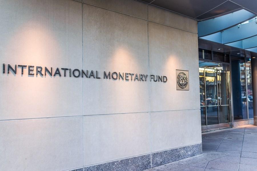 Guedes dirá no FMI que inflação assola o mundo e citará preocupação com vacina